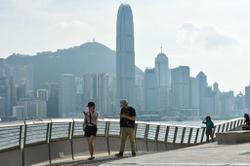Hong Kong Legislators call for strict measures to contain pandemic