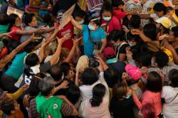 Philippines: Duterte calls for universal vaccine access as Covid-19 total almost 417,000