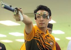 Coach Yusri pumped up after shooters' good scores