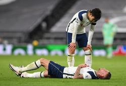 Mourino fears injured Alderweireld faces lengthy absence