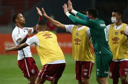 Fluminense beat Inter 2-1 with goal direct from corner