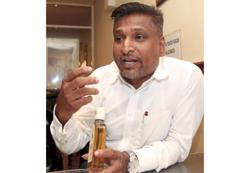Go after premises selling illegal liquor, urges movement