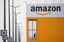 Shun Amazon and shop local, Ontario premier begs residents