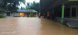 Flood victims return home