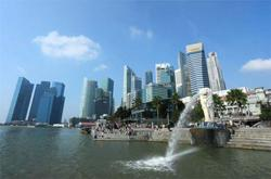 Singapore sees return to growth in 2021 on global recovery