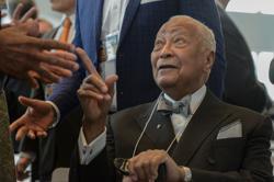 Former NY City Mayor David Dinkins dies at 93 - reports