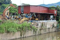 Selangor acts against illegal factories on riverbanks