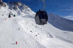 No skiing in France before January, says Macron