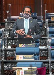 Khairy: M'sians won't be made vaccine 'lab mice'