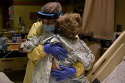 Global coronavirus cases surpass 60 million infections – Reuters tally