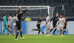 Gladbach crush Shakhtar to stay top of Group B