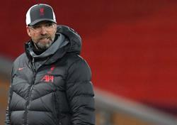 Klopp defends selections after much-changed Liverpool lose to Atalanta