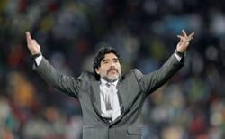 'God is dead': newspapers pay tribute to Argentina great Maradona
