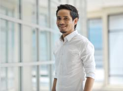 Malaysia-based Filipino actor Mark Adam misses mum: 'See you after the pandemic'