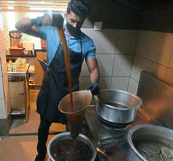 Malaysian engineering graduate sells masala tea for RM1 to make a living