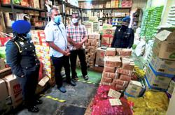 No shortage of controlled items in Perak, so no need to hoard