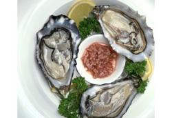Sunday special of oysters and pearl jewellery