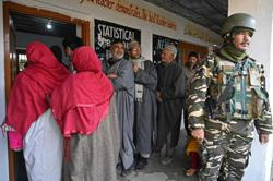 Local elections goes on in Kashmir amid tight security