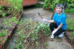 Bank manager promotes spirit of volunteerism