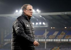 Leeds' Bielsa hails new signing Raphinha after win at Everton
