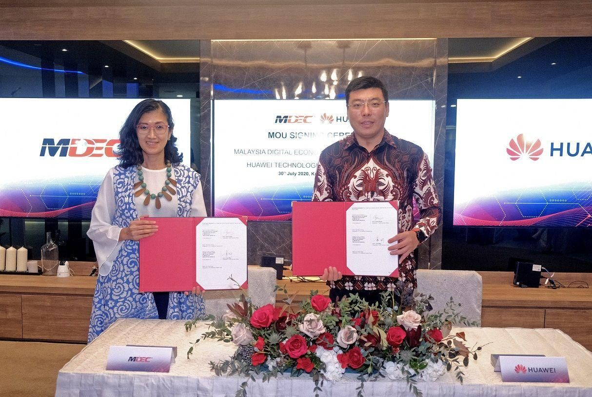 Huawei Malaysia's key milestones this year include signing major contracts, establishing local industry ecosystem partners across industries to 'Go Cloud, Go AI, Go 5G'.