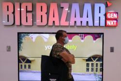Bezos, Ambani gun for India retail supremacy