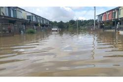 272 flood victims in temporary shelters as Bintulu enters third day of floods