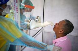 Thailand tracks 200 as infected returnees skip Covid-19 quarantine