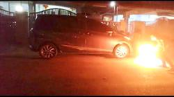 Ah Long torches woman's car over 'loan'