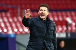 Atletico Madrid coach Simeone says Suarez return close