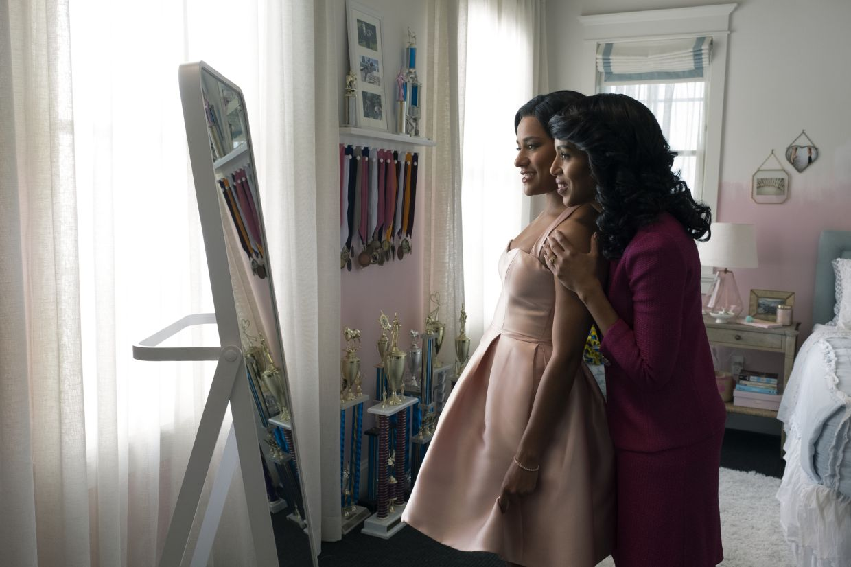 Ariana DeBose and Kerry Washington play daughter and mother respectively in the musical. Photo: Netflix