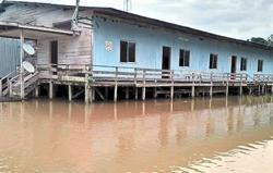 Flood situation in Bintulu worsens