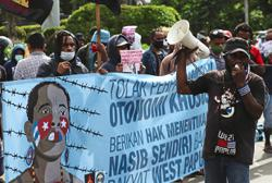 Papuans rally for independence from Indonesia