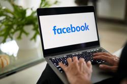 Facebook 'supreme court' begins daunting task on content disputes