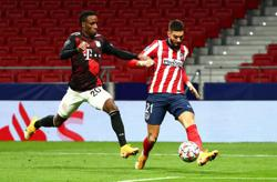 Atletico must wait as Mueller snatches draw for Bayern