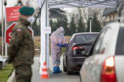 Poland to surpass one million coronavirus cases on Wednesday - minister
