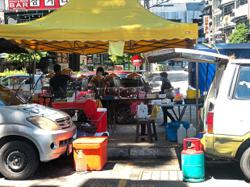 Hawkers causing obstruction in Sri Hartamas
