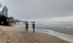 Tropical cyclone headed for southern India after causing little damage in Sri Lanka