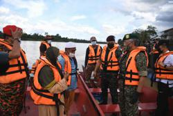 King joins search and rescue mission to locate youth feared drowned in Sg Pahang