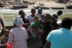 Aid coming to north Ethiopia, refugees recount war suffering