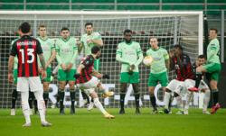 Milan fight back to beat Celtic, Spurs also reach last 32