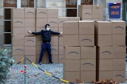 Boxed in - French activists protest against Amazon's expansion