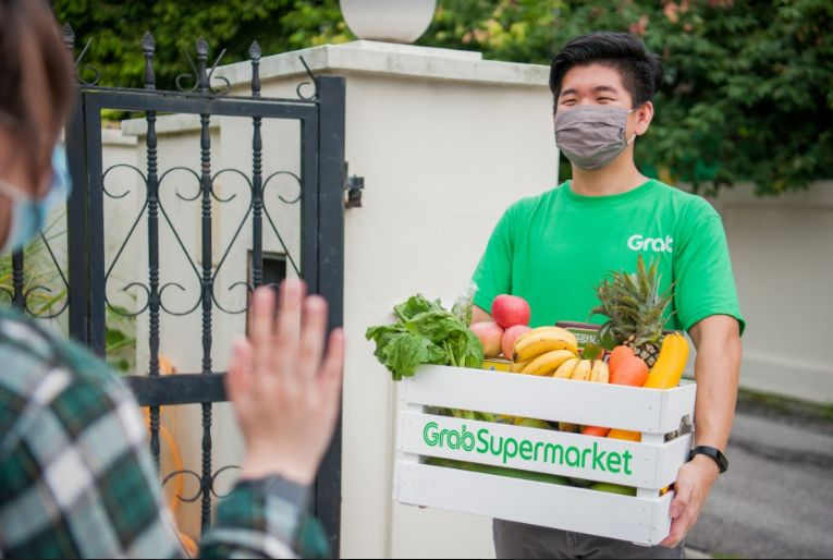 The Grab delivery service will send the items ordered from GrabSupermarket to the customer the next day at zero delivery fee.