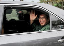 Ahmad Faizal Azumu resigns as Perak MB (updated)
