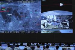 China completes first rendezvous and docking in lunar orbit; prepares to return moon rocks to earth