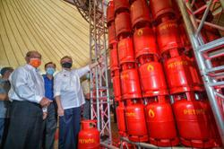 Petros enters gas business in Sarawak and Indonesia