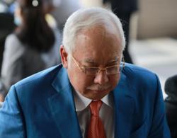 Najib fails to intervene in Azilah's review application in Altantuya murder case