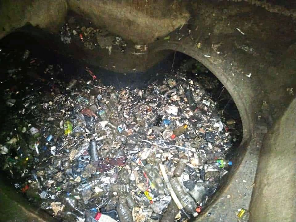Domestic waste in the drainage in Taman Million causes flash floods in the area.