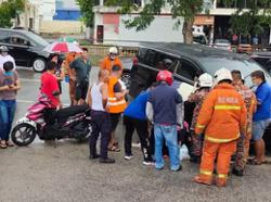 16-year-old girl breaks leg in accident, friend injured