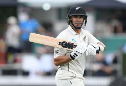 New Zealand's Taylor dropped for Pakistan T20 series
